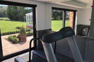 Home Gym Screens