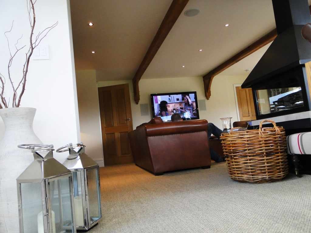 Intelligent Home Control System See-AV